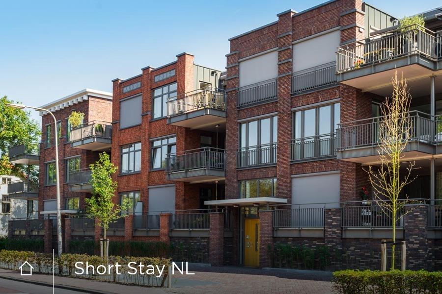 Vastgoed Website, huisstijl en drukwerk ShortStay NL Utrecht